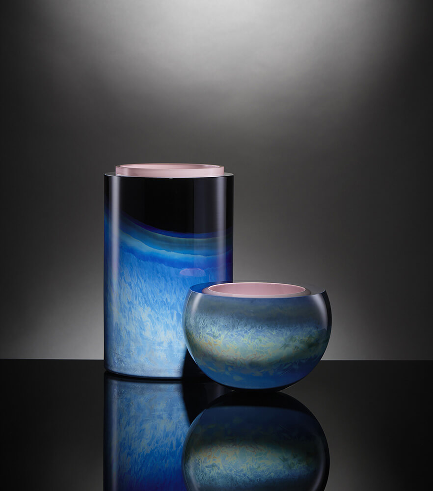Noche low and sphere in blue pink