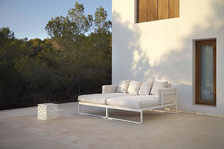 Flat-modular-sofa-2-ambience-image