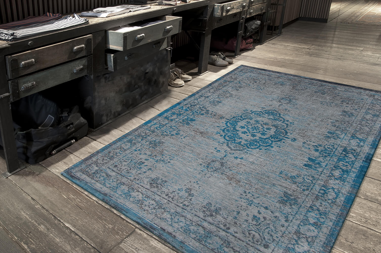 8255-grey turquoise