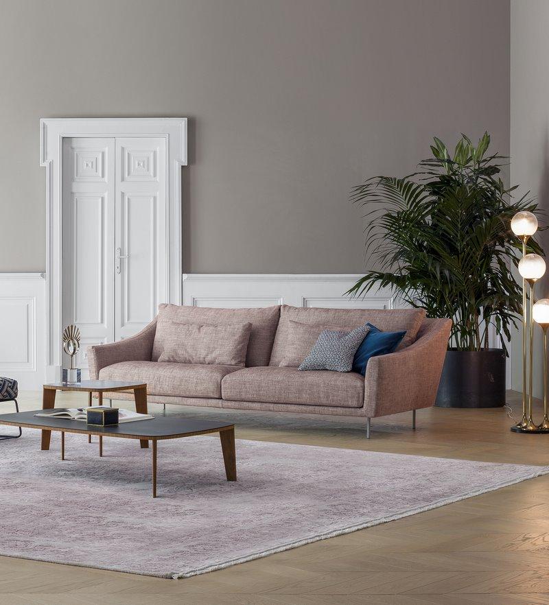 skid_sofa